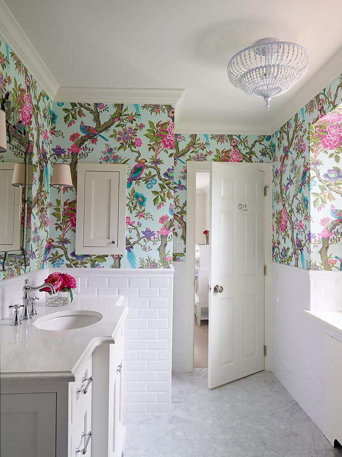 Bathroom Wallpapers Inspiration : The Feel Of This Bathroom Is Strangely  Comforting To Me.