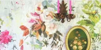 Posted by @blueberrylivingco October 2016. Floral wallpaper.
