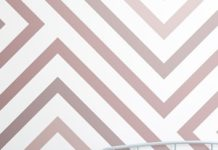 Choose a perfectly pink wallpaper mural for a cute girls bedroom and get inspire...