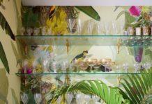 Inside an Artful Coastal Cottage – Garden & Gun