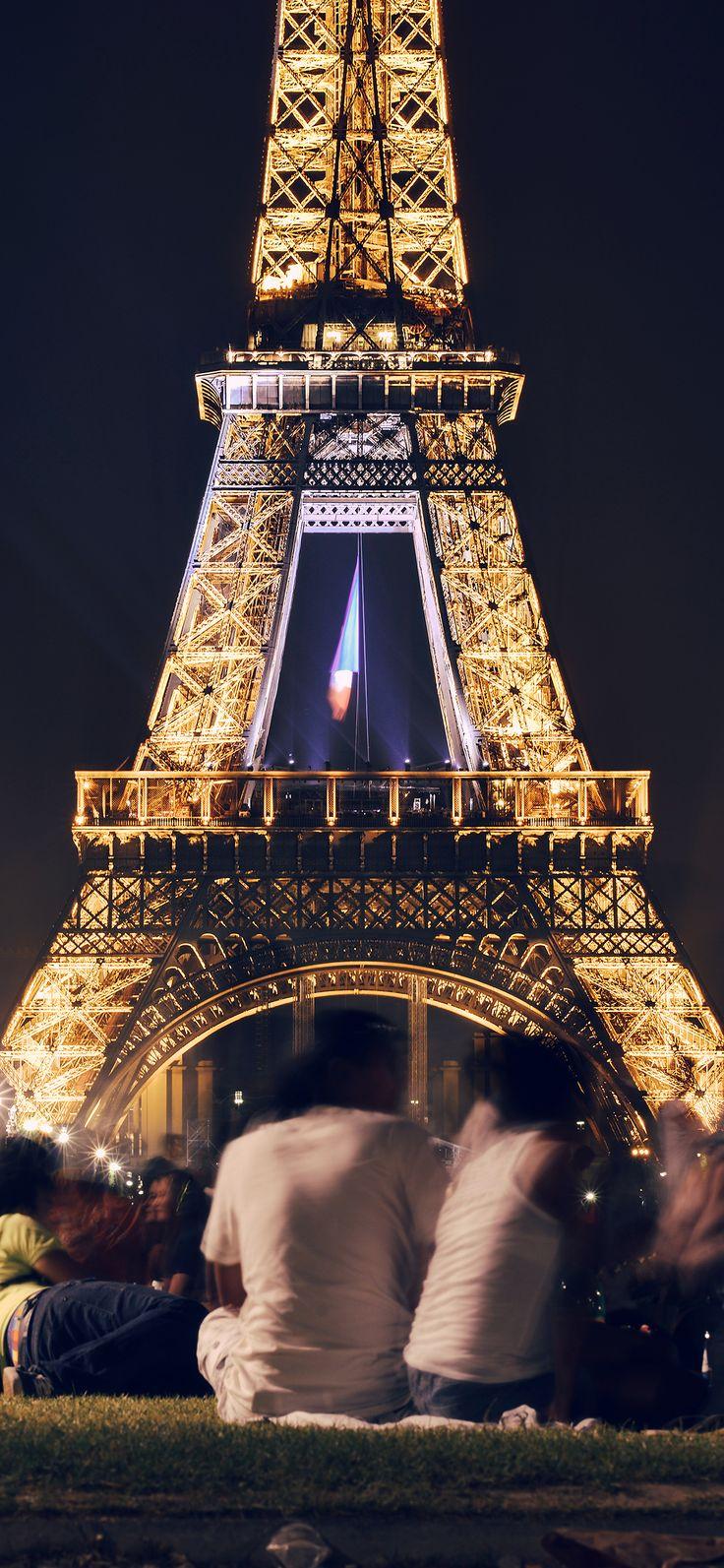 Iphone X Wallpaper Ms39 Happy Paris Eiffel Tower France