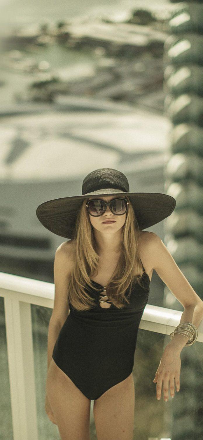 hp69-cara-delevingne-model-hotel-summer-girl via iPhoneXpapers.com - Wallpapers ...