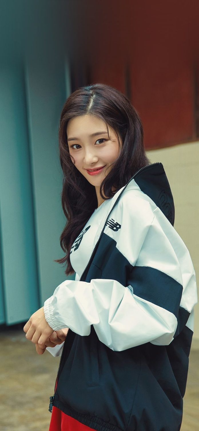 ho22-kpop-girl-smile via iPhoneXpapers.com - Wallpapers for iPhone X