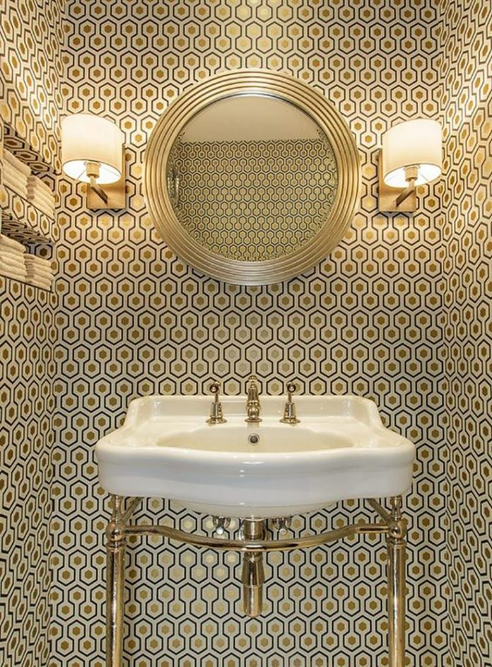 Create A Chic Bathroom with These Trendy Wallpaper Ideas