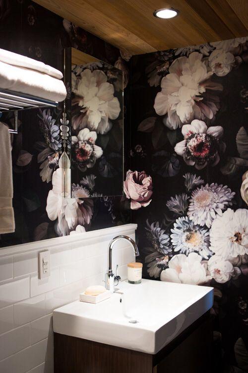 Papier peint pour salle d'eau?