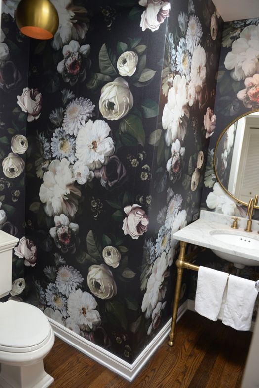 Cush and Nooks: Bathroom Wallpaper   Three Ways