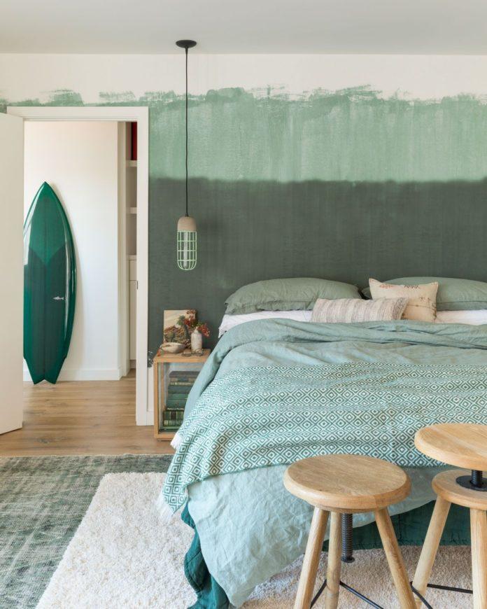 Altitude Green Wallpaper Mural   Hovia